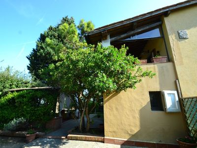 Photo for Beautiful home in the Tuscan countryside, ideal for visiting the nearby cities!