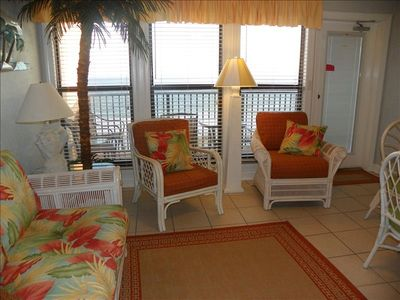 Photo for G.S. BEACH is open!Tropical Decor1 BR /1BA GULF FRONT IWW #476 WiFi, Restaurant