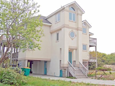 Photo for 4 BEDROOMS-HOT TUB-COMM POOL-OBSERVATORY-OCEAN VIEWS-2 MINUTE WALK TO BEACH!!
