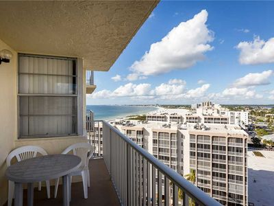 Photo for Estero Beach & Tennis 1201A, 1 Bedroom, Sleeps 4, Heated Pool, Elevator