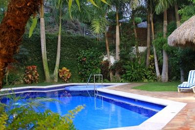 Private Heated Pool, Hot Tub & Garden. Make this your personal oasis