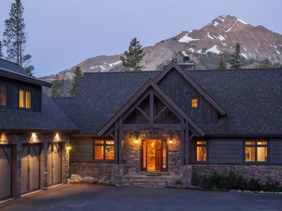 Photo for Little Plume Lodge - Ski-in/Ski-out, Hot Tub, New Listing!