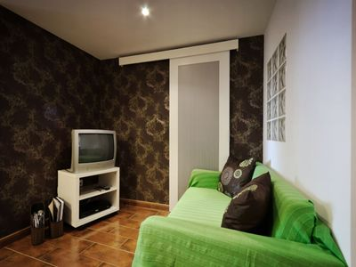 Photo for Santa Marinha apartment in Alfama with WiFi & lift.