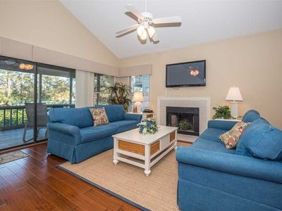Photo for Beachside 4, 4 Bedrooms, Sleeps 10, Pool Access, Sea Pines