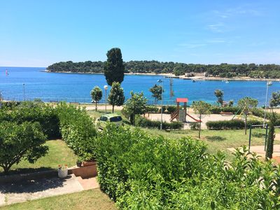 Photo for Apartment Garden View - 25 meters from the sea -