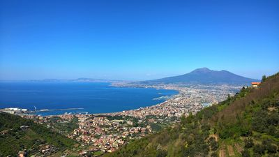 Photo for House surrounded by greenery with beautiful views of the Gulf of Naples