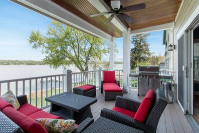 There's a deck off the kitchen with a gas BBQ grill.