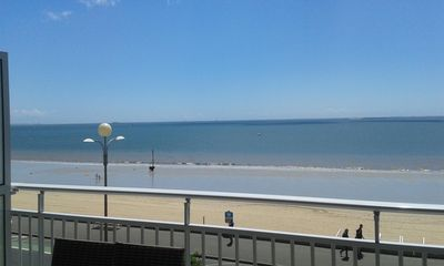Photo for Apartment 4 people in the middle of La Baule Bay with sea view