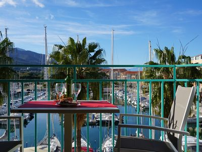 Photo for Port Argeles: Ideally located – Magnificent view on the Port and the Mountain