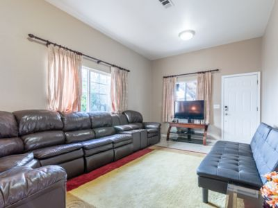 Photo for New Beautiful House with Open Kitchen, Large Bedrooms and Living-room