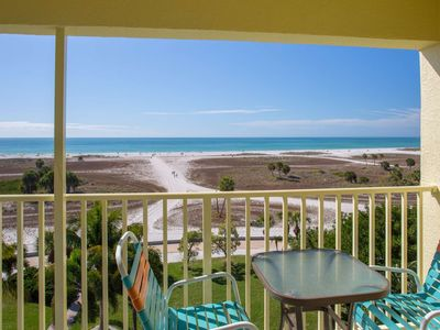 Photo for Fantastic Location on the Beach. Great Value in a Premier Resort.