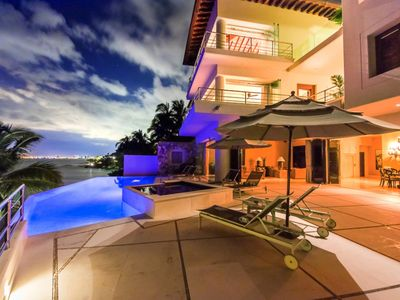 Photo for Wonderful Luxury villa with 4 Bdrm!! The Best Ocean View!!