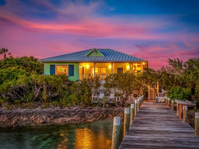 Photo for KeyLime Cottage - Waterfront w/dock