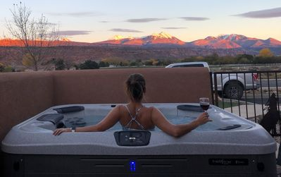 Your own private 5 man hot tub.