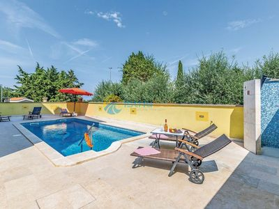 Photo for Apartment 1466/14063 (Istria - Stinjan), Family holiday, 800m from the beach