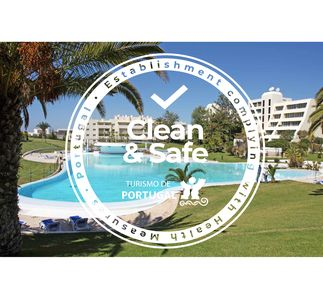 Photo for Stunning 2 bedroom air conditioned apartment close to Alvor