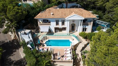 Ultimate Luxury Family Friendly Portals Sea View Villa with heated swimming pool