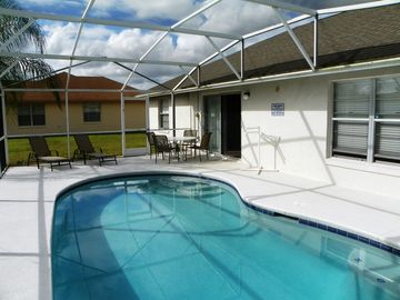 Affordable Updated 3 Bedroom Home w/Private Pool 4 Miles from Disney