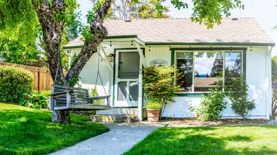 Abigail's Two Bedroom Vacation Cottage here in Ashland, Oregon close to town.
