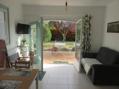 Photo for Charming cottage, new, quiet, near La Tremblade.