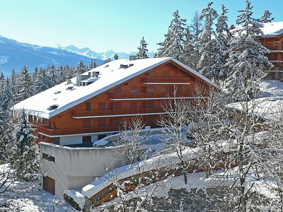 Photo for Apartment Les Faverges in Crans-Montana - 4 persons, 1 bedrooms