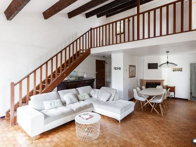 Photo for beautiful house with garden /center of Arles