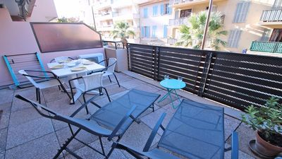 Photo for T2 apartment cabin 4 people - Air conditioning - Downtown - Sainte Maxime
