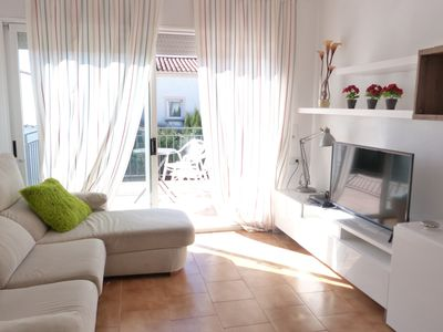 Photo for Apartment near the beach, central, with WIFI and private parking.