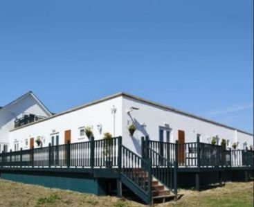 Photo for 3BR Apartment Vacation Rental in Freshwater bay, England