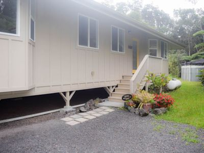 Photo for Bright home right by the volcano w/ lanai, gas grill & fireplace!
