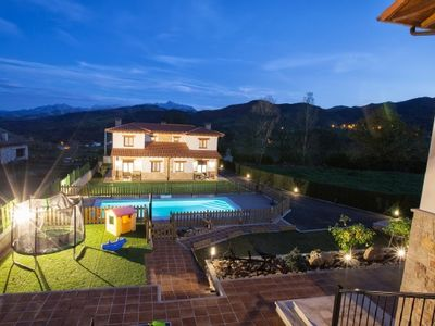 Photo for CASA BADIMIA 8 + 4PLAZAS views of the peaks of europe
