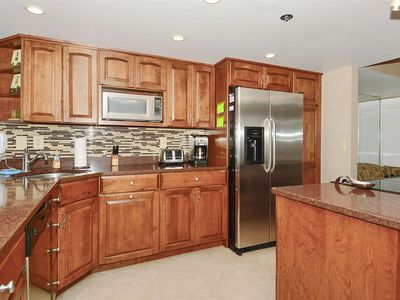 Photo for FREE DAILY ACTIVITIES! Direct Oceanfront 2 bedroom, 2 bath with Open Den unit in the Plaza
