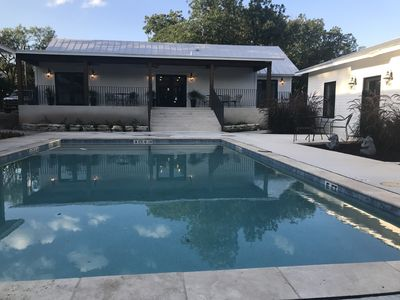 Photo for 3 bedroom-2 bath cottage all king beds w/pool 2 blocks from center Main Street