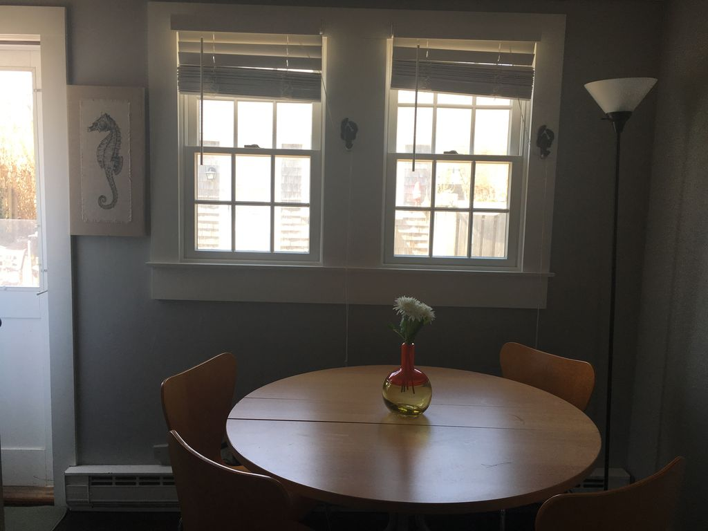 FALL PRICES NOW FOR DELIGHTFUL EAST END 1 BEDROOM WITH LOFT