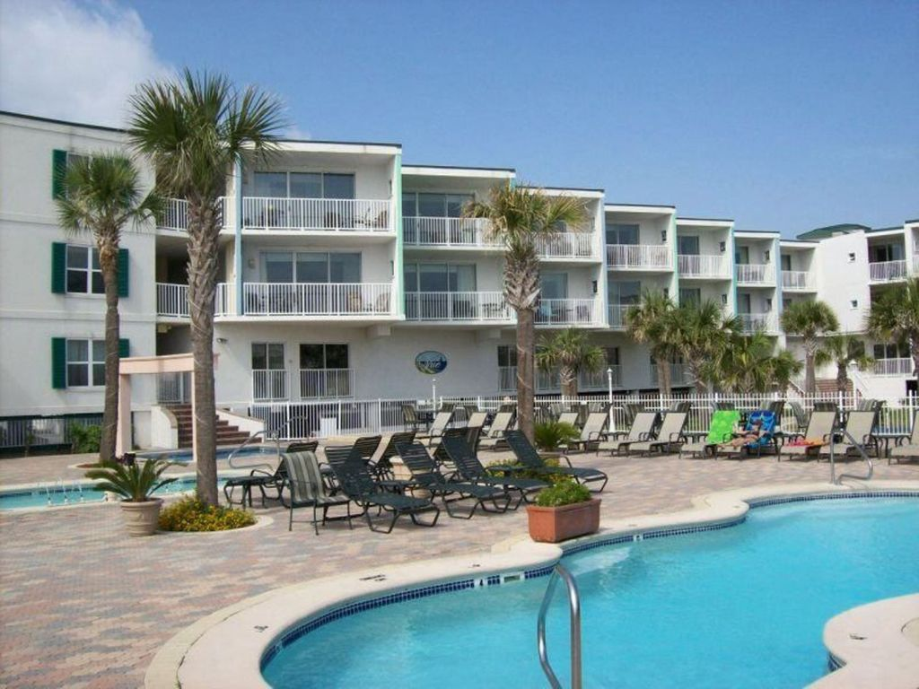 Oceanview 2 Br Condo 3 Oceanfront Pools 1 Heated Pool