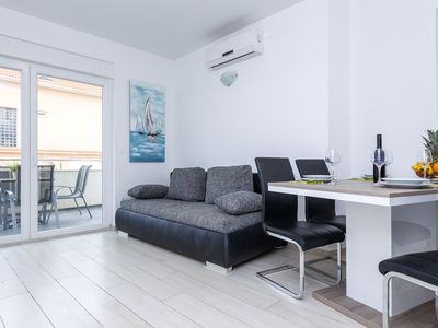 Photo for Apartment with Terrace and Partial Sea View