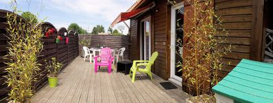 Photo for Charming chalet in Biscarrosse, T1 38 m2, 3 stars