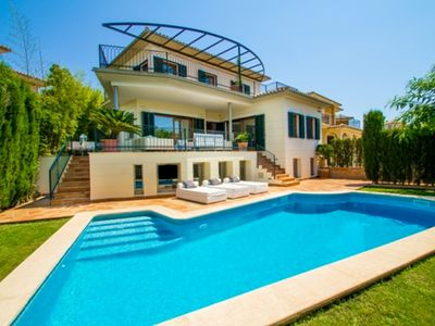 Photo for Villa in Palma with 6 bedrooms, 4 bathrooms, golf views, private pool