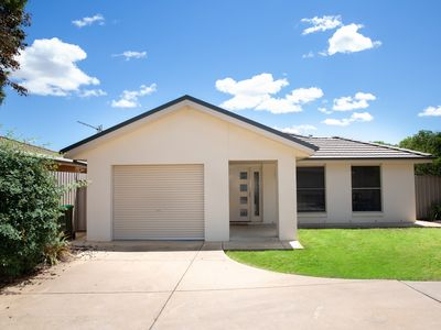 Photo for *Long stay* Central Wagga Wagga Home