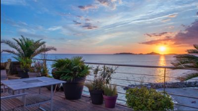Photo for Atypical house facing the sea beach of the Prophet Marseille 7 th