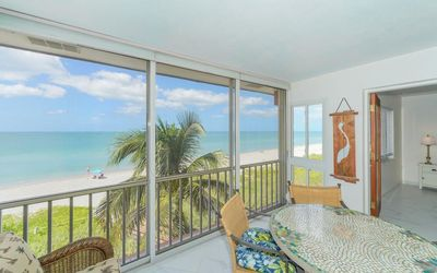 Photo for Beach front 3rd floor with boat docks & WiFi