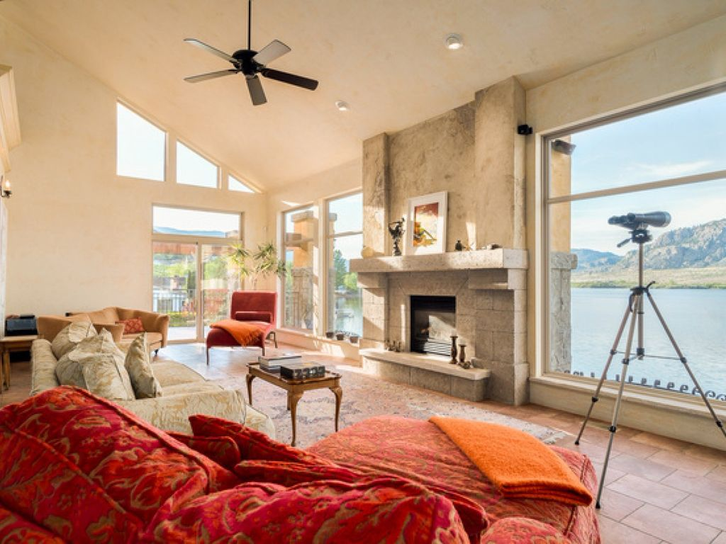 Tuscan Style Waterfront Villa Last Min Deal Now Osoyoos