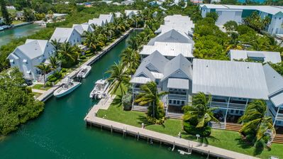 Photo for Coral Lagoon ~ Tropical Seahorse nightly and weekly rental with a FREE Boat Slip