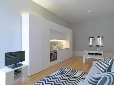 Photo for Spacious Black & White apartment in Sé with WiFi, air conditioning, balcony & lift.