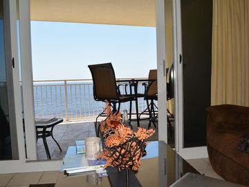 7th Floor, Beach Front, End Unit, Great Views,Free Beachchairs