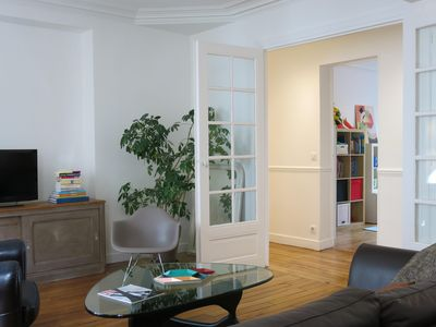 Photo for Family Voltaire apartment in 11ème - La Bastille with WiFi & lift.