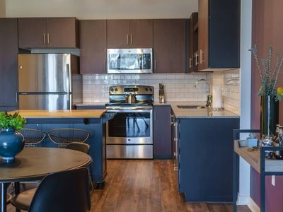 Photo for Domio | Downtown | Chic 1BR + 5 Min to Chase Field