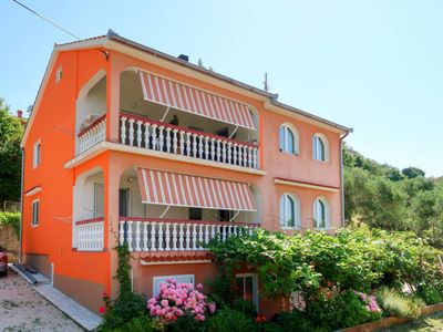 Photo for Apartment Dorka (RAB303) in Rab/Rab - 7 persons, 3 bedrooms