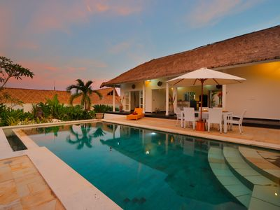 Photo for Villa Moana Poe, central location 5 min from Bali's most famous beaches