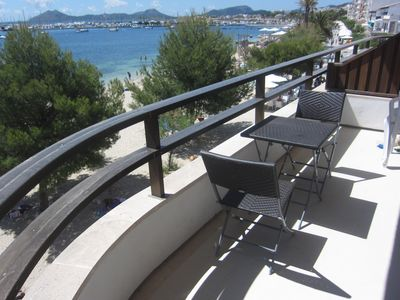 Photo for Pine Walk apartment with sea views and direct access to the beach